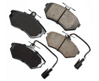 Premium Low Dust Brake Pads (Includes Pad Wear Sensor) PEUR684