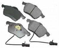 Premium Low Dust Brake Pads (Includes Moulded Pad Wear Sensor) PEUR840